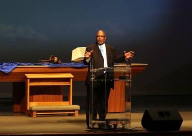 Pastor Ralph preaching